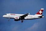 309ay - Swiss Airbus A319-112, HB-IPY@ZRH,22.07.2004 - Flickr - Aero Icarus.jpg