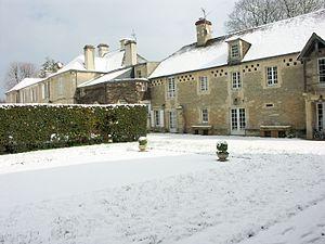 Chateau de Guernon-Ranville - Château under snow