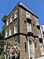 6, 6a and 6b Perrins Court, Hampstead, June 2021.jpg