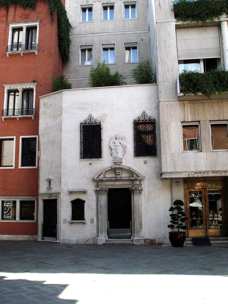 8197 - Venezia - Scola dei fabbri in p.zza San Moisè (sec. XVI) - Foto Giovanni Dall'Orto, 8-Aug-2007