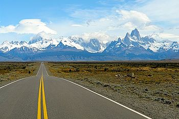 English: Driving Route 40 to El Chalten was pu...
