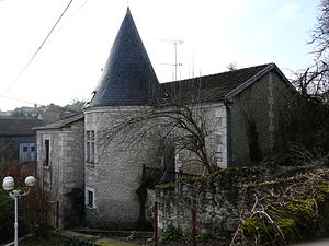 Agonac - Image: Agonac maison ancienne (2)