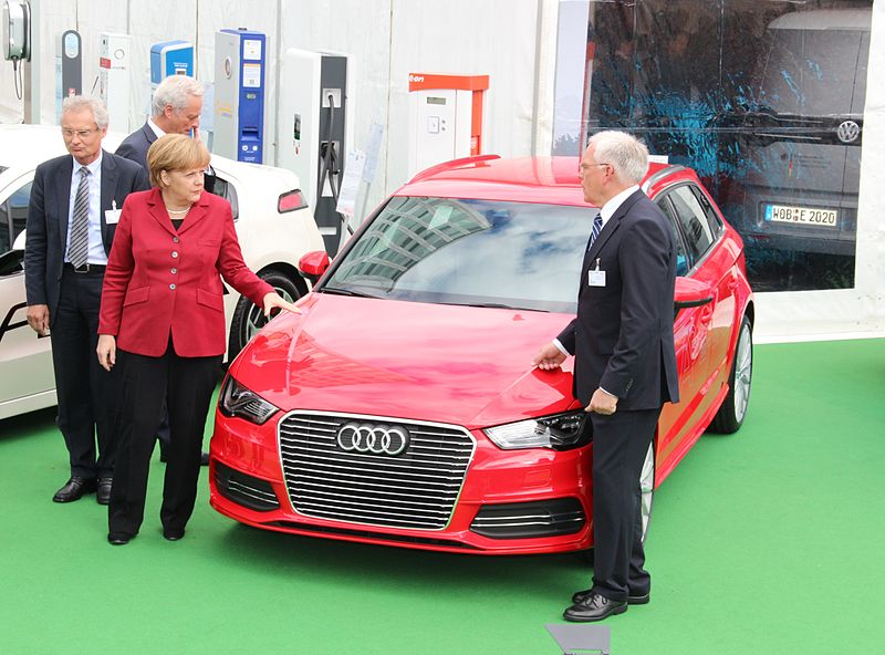 File:Angela Merkel and Ulrich Hackenberg.JPG