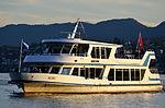 Ansicht vom Bürkliplatz in Zürich auf das Motorschiff 'Albis' der Zürichsee-Schifffahrts-Gesellschaft (ZSG) 2012-09-28 18-21-09.JPG