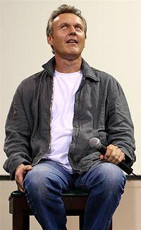 Anthony Stewart Head Aug 2004.jpg