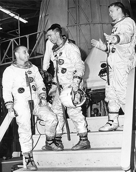 File:Apollo 1 - Grissom, Cunningham and Schweickart at the ...