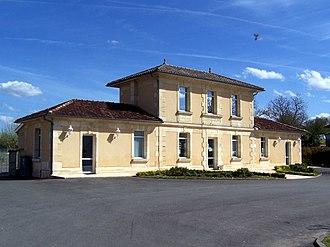 Arbis - The town hall in Arbis