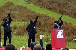 ETA (separatist group) - ETA members fire blanks during the Day of the Basque Soldier of 2006