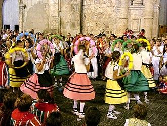 La Mare de Déu de la Salut Festival - El ball d'arquets.