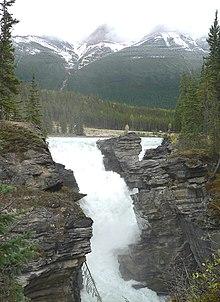 Athabasca Falls-27527.jpg