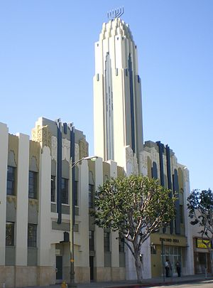 South Robertson, Los Angeles - Bnai David Judea building, a prominent sight in Pico-Robertson, once the home of Fox Stadium theatre