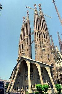 Barcelona Iglesia Sagrada Familia.jpg