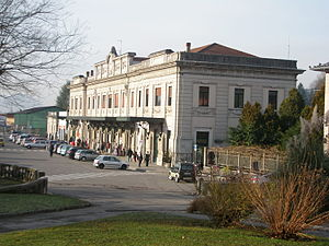 Belluno railway station - View of the passenger building.