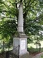 Beneden-Leeuwen Rijksmonument 38241 gedenkteken Waalbandijk.JPG
