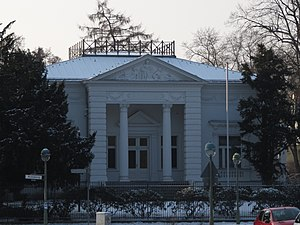 Majakowskiring - Former guesthouse of the GDR government at Majakowskiring 2