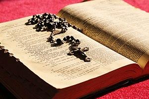 Bible-706658.jpg