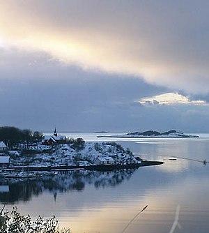 Bjugn - Bjugnfjorden with Bjugn church