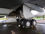 Boeing 747 Main landing gear pic3.JPG
