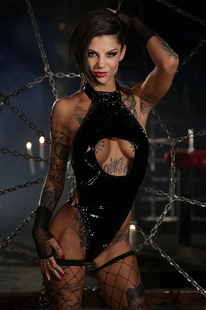 Bonnie Rotten - Image of Bonnie Rotten with several of her tattoos visible