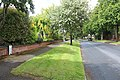 Boundary marker, Chiltern Road, Sutton (geograph 4004172).jpg