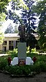 Brotherhood grave of Soviet soldiers in Pershotravneve (Kharkiv Raion) (16 burieds) (2).jpg