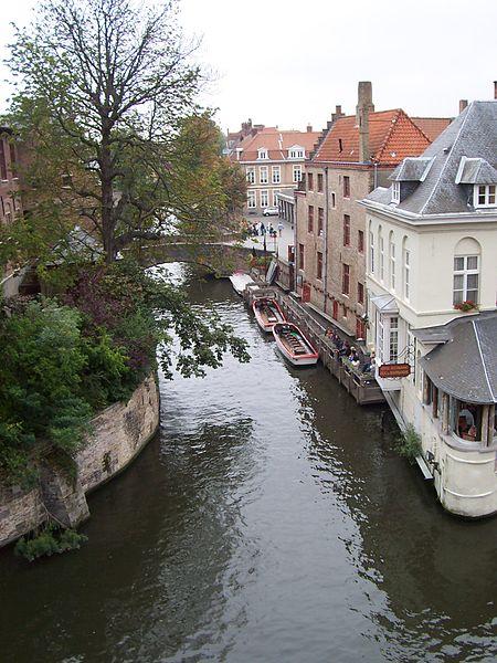File:Bruges canal corner.jpg