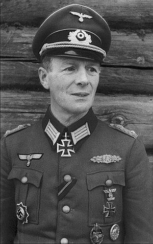 Gerhard Schmidhuber - Image: Bundesarchiv Bild 101I 088 3743 15A, Gerhard Schmidhuber