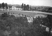 Bundesarchiv Bild 183-16159-0001, Magdeburg, Einweihung Heinrich-Germer-Stadion