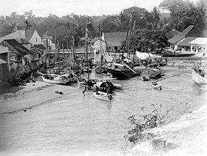 Kupang - The harbor of Kupang in the early 20th century.