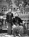 COLLECTIE TROPENMUSEUM Portret van de regent van Poerwokerto Banjoemas met zijn echtgenote TMnr 10001900.jpg