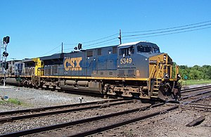 Rail transportation in the United States - CSX train at a Level junction in Marion, Ohio
