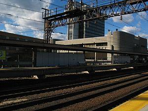 Bridgeport station (Connecticut) - The westbound platform
