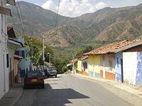 Calle principal Olaya.JPG