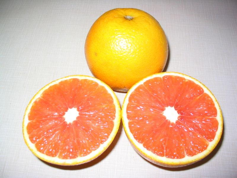 800px-Cara_cara_orange_cut_in_half.JPG