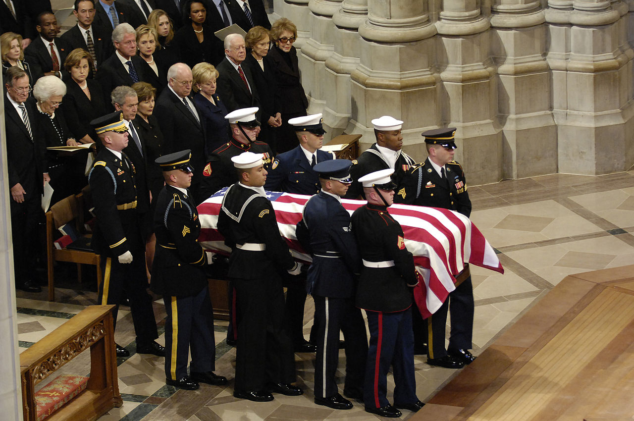 File Casket Of Gerald Ford At National Cathedral 1 2 07