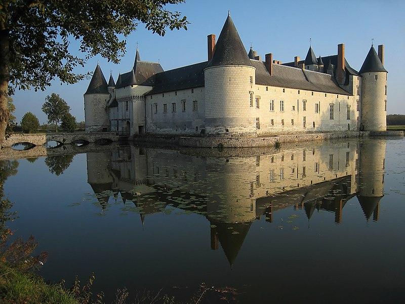 Datei:Castle Plessis Bourre 2007 02.jpg