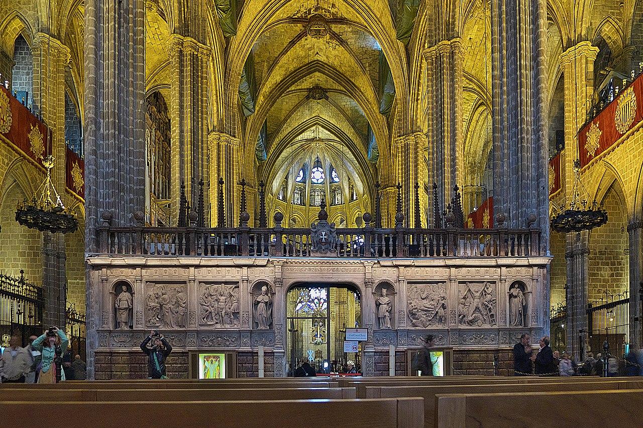 Espa a one photo every post page 305 skyscrapercity for Catedral de barcelona interior