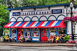 Chagrin Falls Popcorn Shop from Main Street