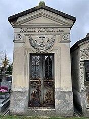 Chapelle Funéraire Famille Mainguet Cimetière Fontenay Bois 6.jpg