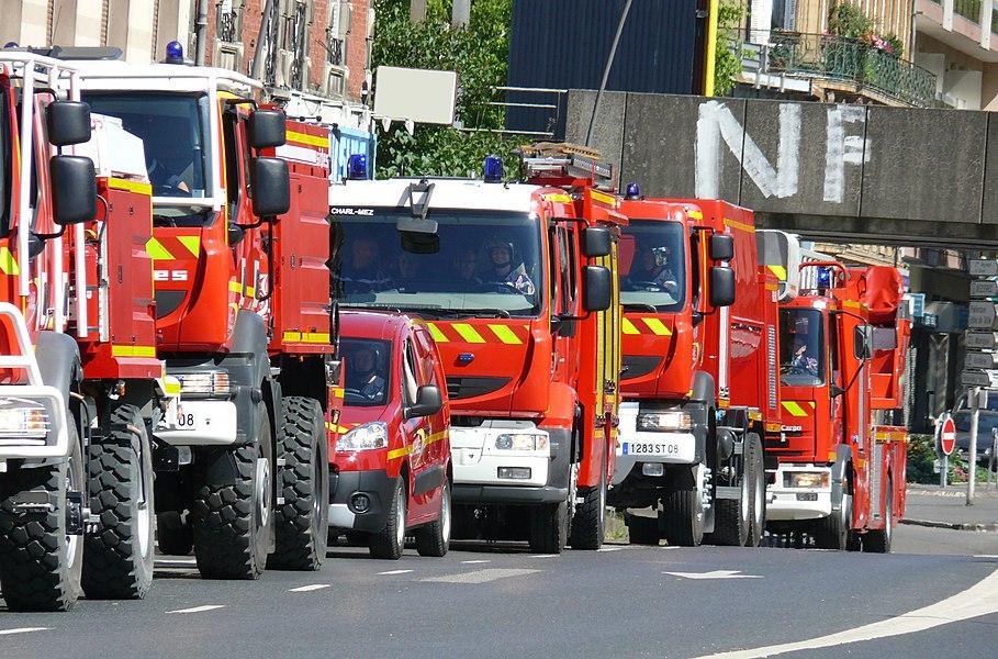 Vehicles of the services départementaux d'incendie et de secours (SDIS) des Ardennes during the Bastille Day Parade in Charleville Mézières, 2010.