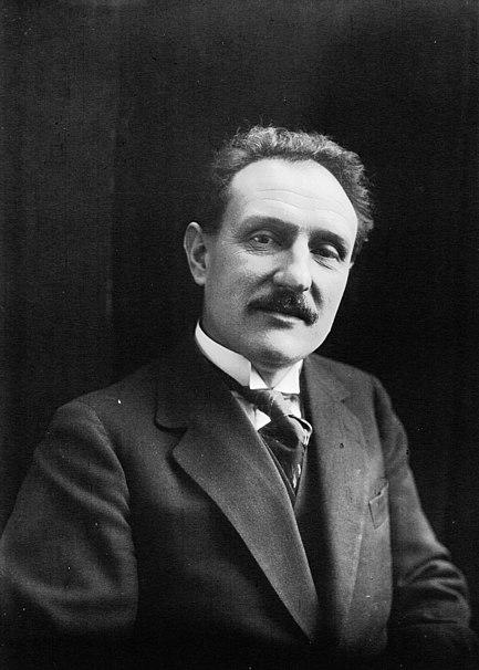 File:Chautemps 1925.jpg