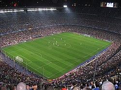 אצטדיון הקאמפ נואו בזמן משחק