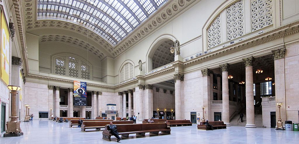 Chicago union station hall