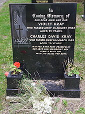 Chingford Mount Cemetery 06.JPG