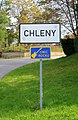 Chleny, signpost.jpg