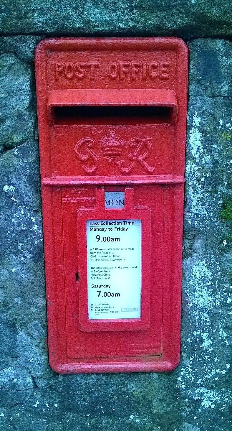 Clackmannan Original GR VI Wall Post Box Still in use