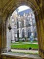 Cloître de la Cathédrale de Tours.jpg