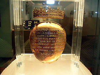 Anne of Brittany - Reliquary of Anne of Brittany's heart.