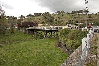Belubula River - Concrete bridge over the Belubula River in Carcoar
