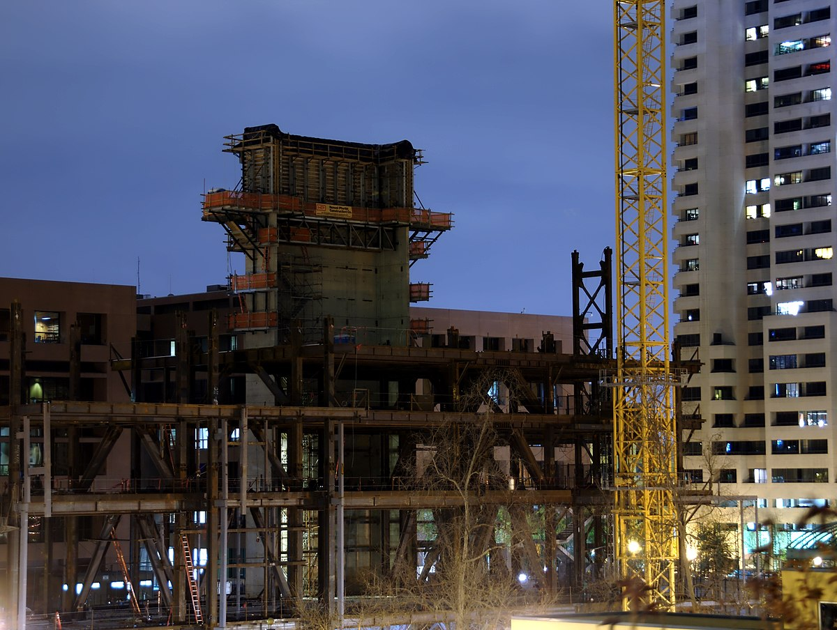 File:Construction Site Night View (San Diego, CA ...